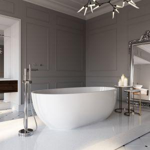 Francuski eklektyzm w salonie kąpielowym (na zdj. bateria wannowa wolnostojąca Fiesta). Fot. Ferro