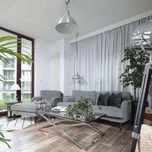 Nowoczesny salon - najpiękniejsze wnętrza 2018 roku. Projekt: Wioletta Wójcik. Fot. Bartosz Jarosz