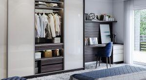 System szaf przesuwnych czy szafa wolno stojąca? A może jeszcze inne rozwiązanie? Przechowywanie rzeczy w sypialni to zwykle spore wyzwanie zarówno dla posiadaczy dużych domów, jak i dlamniejszych mieszkań.