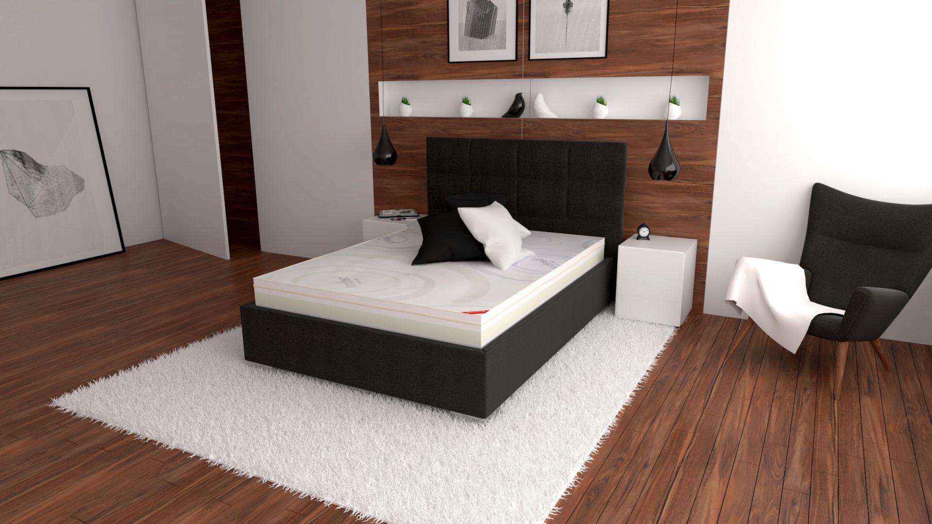 Do łóżka Naxos można zastosować wybrany stelaż z oferty producenta; szeroki wybór tkanin obiciowych i modeli wezgłowia. Fot. Fabryka Materacy Janpol