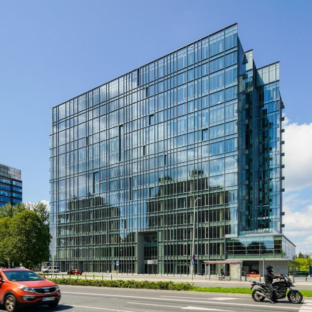 Nowoczesny biurowiec - ciekawy przykład z Warszawy