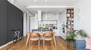 Inwestorzy, oczekiwali wnętrza przede wszystkim prostego i nowoczesnego, ale bezbez charakterystycznej dla minimalizmu surowości.