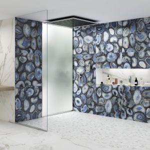 Kolekcja Novedades Marble 7.0 firmy Apavisa to tradycyjny marmur z wyjątkowymi wykończeniami imitującymi naturalne kamienie. Fot. Apavisa