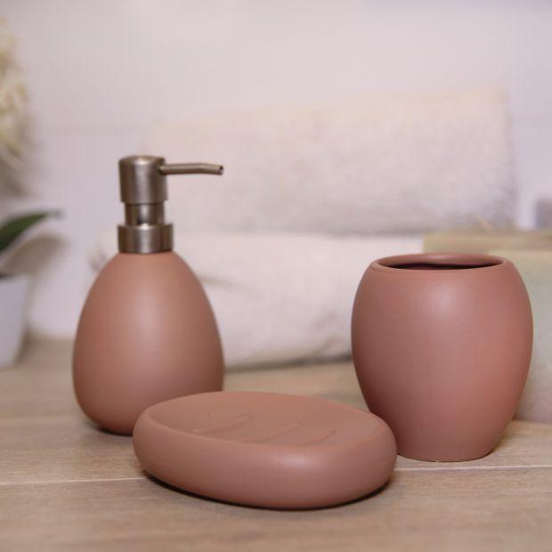 Akcesoria łazienkowe - ceramiczny zestaw w matowych kolorach