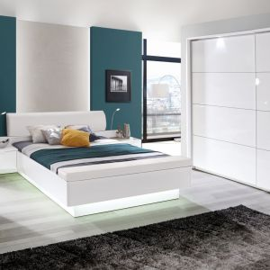 Łóżko Starlet White firmy Forte. Fot. Forte