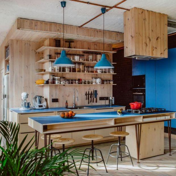 Mieszkanie z klimatem: zobacz industrialne wnętrze