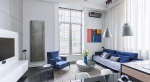 Pewne trendy nie przemijają tak szybko. Jednym z nich jest beton. Idealnie wpisuje się w styl minimalistyczny, loftowy. Z betonu można zrobić wiele mebli oraz dekoracji. Powstały również lampy. Chętnie wykorzystywany jest również na ścianach.