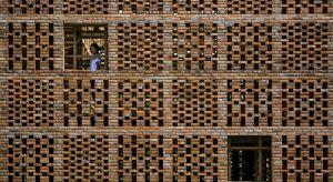 """Zbliża się termin nadsyłania zgłoszeń do tegorocznej polskiej edycji konkursu Brick Award 2019.Wtym rokupolscy architekci po raz kolejny mają szanse pokazać, gdzie """"poniosła"""" ich wyobraźnia w wykorzystaniu jednego z najlepiej znanych lu"""