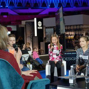 W niedzielę 27 stycznia redakcja Dobrze Mieszkaj zorganizowała też wyjątkową dziecięcą dyskusję na 4 Design Days. W roli prowadzącej wystąpiła dziennikarka telewizyjna Urszula Chincz.