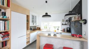 Wyspa czy półwysep to nie tylko dodatkowa powierzchnia robocza i przechowywania w kuchni. To także świetny sposób na oddzielenie kuchni otwartej od salonu.
