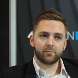 Janusz Baran, dyrektor oświetlenia i koordynator marketingu w firmie MaxFliz