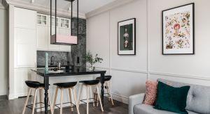 Jak wygodnie i estetycznie urządzić małą kuchnię? To zadanie niełatwe i wymagające większej kreatywności. Zobaczcie jak z niewielką, kuchenną przestrzenią radzą sobie architekci i projektanci wnętrz.