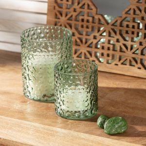 Pomysł na walentynkowy prezent: komplet świeczników Basil green. Fot. Dekoria.pl