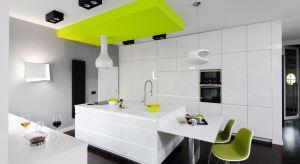 Czerwony, zielony a może żółty? Jakie kolor wybrać do kuchni? Polecamy kilka fajnych pomysłów architektów i projektantów wnętrz.