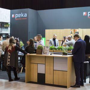 Peka po raz kolejny zawitała do Katowic, aby podzielić się swoim doświadczeniem w dziedzinie akcesoriów meblowych. Fot. Peka