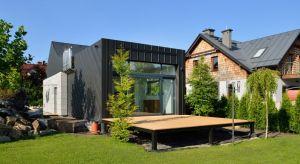 Domo Dom z Krakowa tojednoosobowy dom o powierzchni zaledwie 40 m². Ma pełny program niezbędny do wygodnego zamieszkania, jednak z jednym zastrzeżeniem - minimalizacją niezbędnej powierzchni.