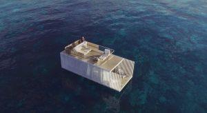 Punta de Mar to kompleksowo i minimalistycznie zaprojektowana platforma pływającao powierzchni 74 m2. Jest przystosowana do użytku przez 2 osoby, a cechujeje minimalistyczny wystrój i wyposażenie.