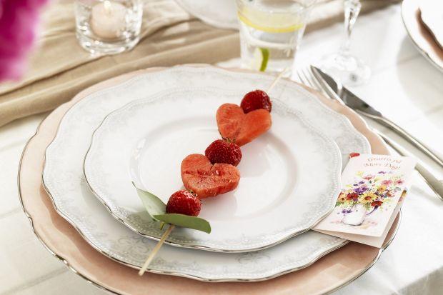 Romantyczna kolacja, spacer po parku, czy tańce do białego rana – Walentynki świętować możemy na wiele sposobów. I choć trwają tylko jeden dzień warto przedłużyć je na całe życie!