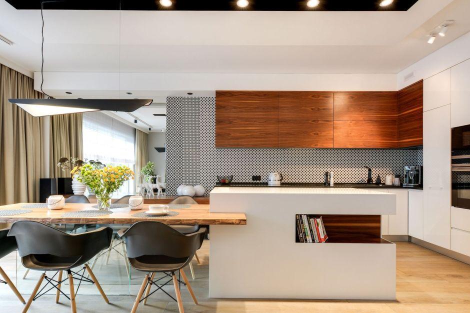 Serce domu: rodzinna kuchnia otwarta na salon