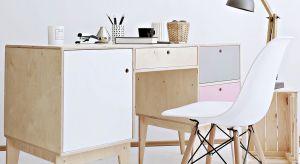 Kiedy okazuje się, że home office staje się rzeczywistością, to na szybko robimy prowizoryczne miejsce pracy. Warto jednak poświęcić nieco więcej czasu i zadbać o odpowiednie zaaranżowanie takiej przestrzeni. Może w tym pomóc polski design.
