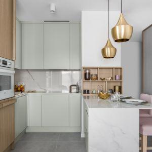 Barek śniadaniowy w kuchni. Projekt: Barbara Wojsz. Fot. FotoMohito