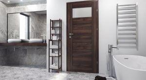 Wykańczanie łazienki jest nie lada wyzwaniem, jednak przemyślana koncepcja sprawi, że wnętrze będzie cieszyć funkcjonalnością przez wiele lat. Jak stworzyć wystrój, który zachwyci stylowym wyglądem, zachowując jednocześnie komfortowy charak