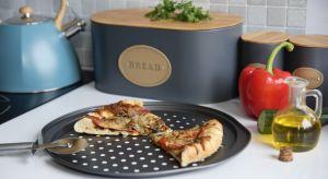 Lubicie pizze? Zdarza się, że sami przygotowujecie ją w domu? Jeśli tak na pewno przyda się wam kilkapraktycznych akcesoriów.