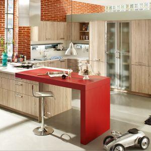 Półwysep w kuchni. Na zdjęciu: meble do kuchni dostępne w ofercie firmy  Ballerina Küchen. Fot. Ballerina Küchen