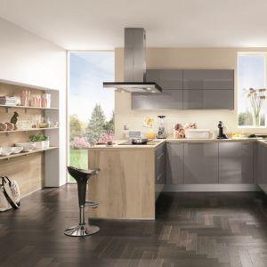 Półwysep w kuchni. Na zdjęciu: meble do kuchni dostępne w ofercie firmy Nobilia. Fot. Nobilia