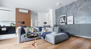 Nowoczesny apartament miał być funkcjonalny i przystosowany do komfortowego użytkowania przez dwójkę mieszkańców. Możliwość wygodnej pracy w domu była jednym z priorytetów.