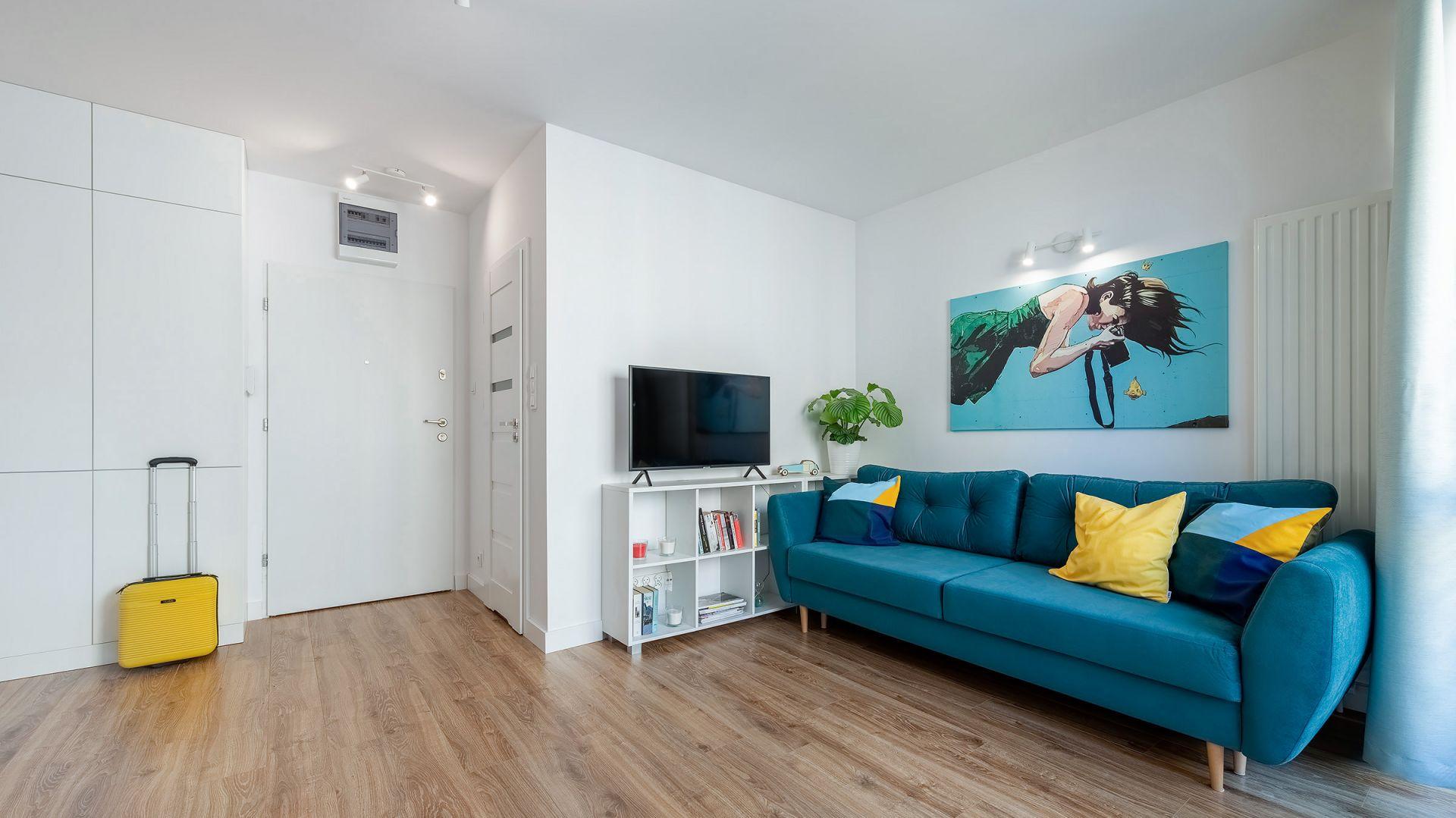 Małe mieszkanie urządzone w nowoczesnym stylu. Fot. Paweł Martyniuk