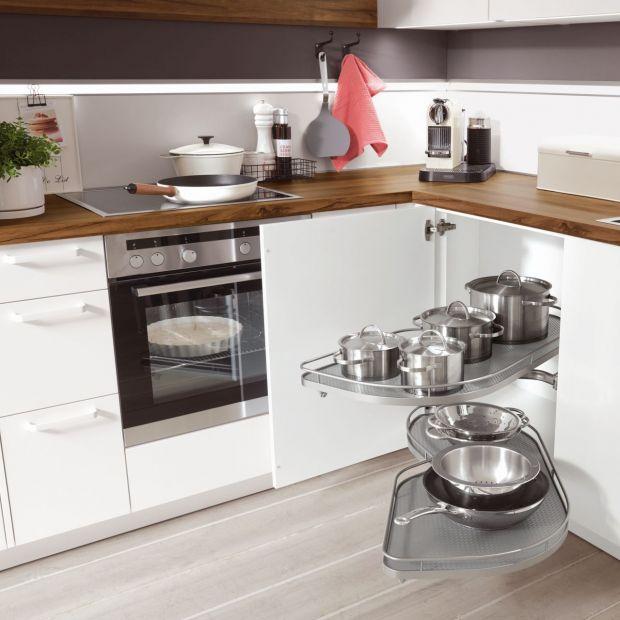 Szafki narożne w kuchni: sprawdź sposoby na ich optymalne zagospodarowanie