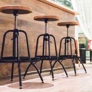 Młoda, polska marka Custom Shop specjalizuje się w produkcji mebli w stylu industrialnym. Fot. Good Inside