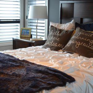 Sypialnia w małym mieszkaniu. Fot. Centrum Handlowe Fasty
