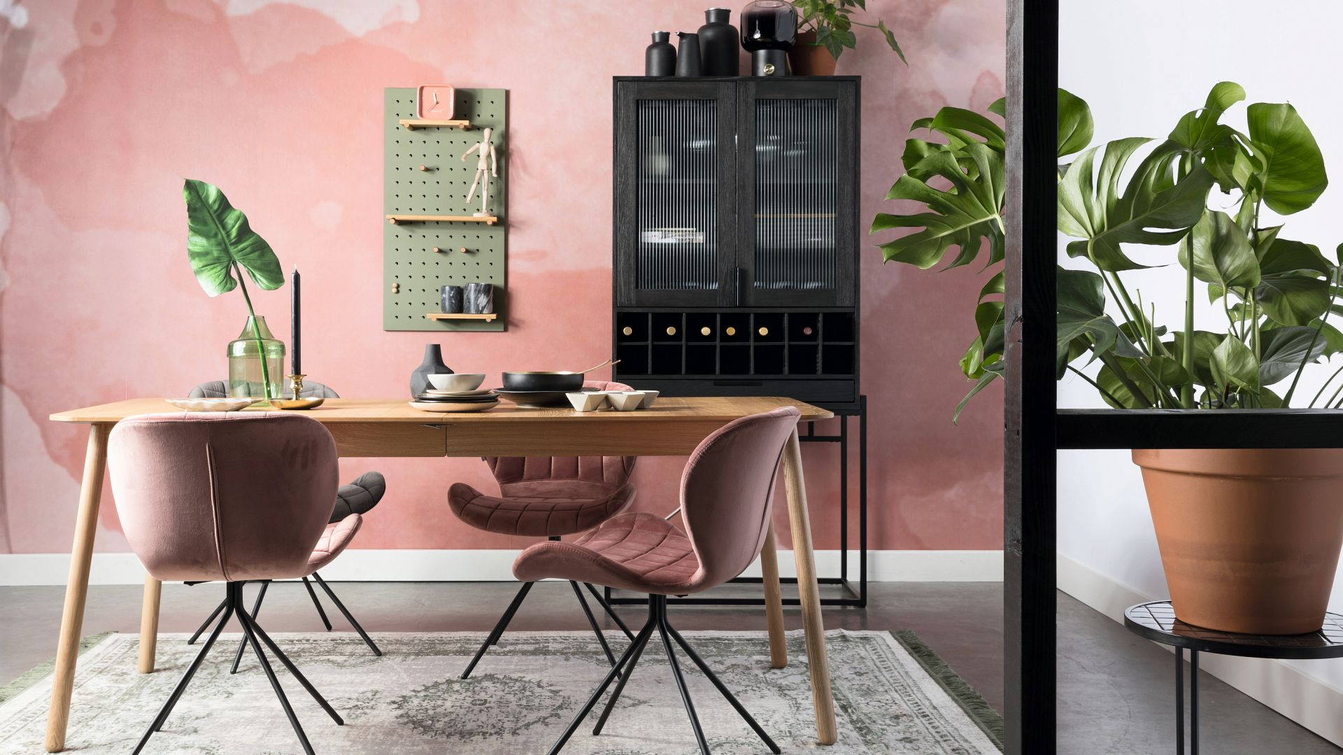 Krzesło z kolekcji OMG. Fot. Zuiver