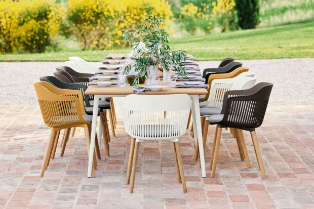 Wiosna w ogrodzie - nowe kolekcje mebli na outdoorowych