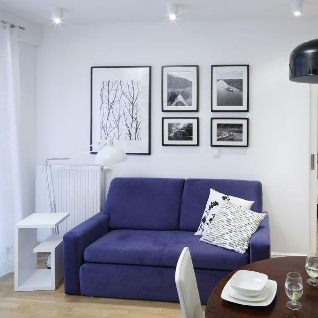 Mała kanapa - 10 pomysłów do salonu