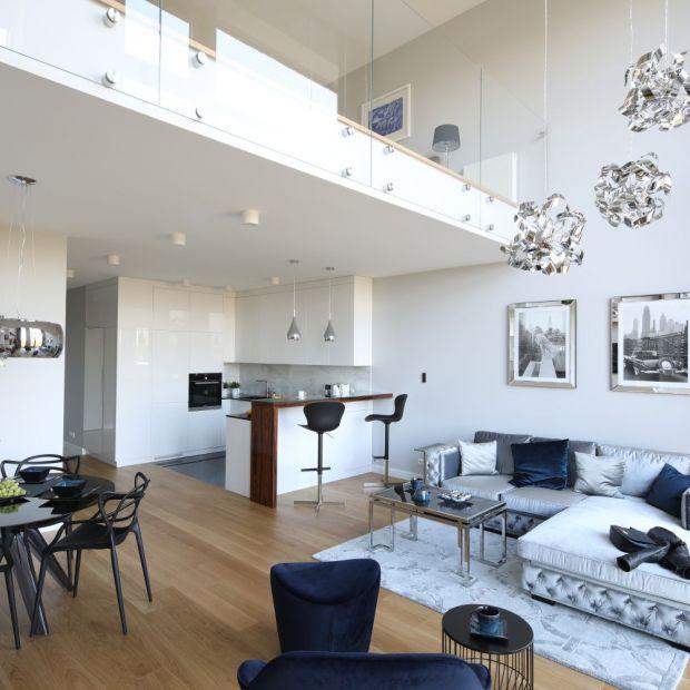 Salon z otwartą kuchnią - 12 pięknych wnętrz