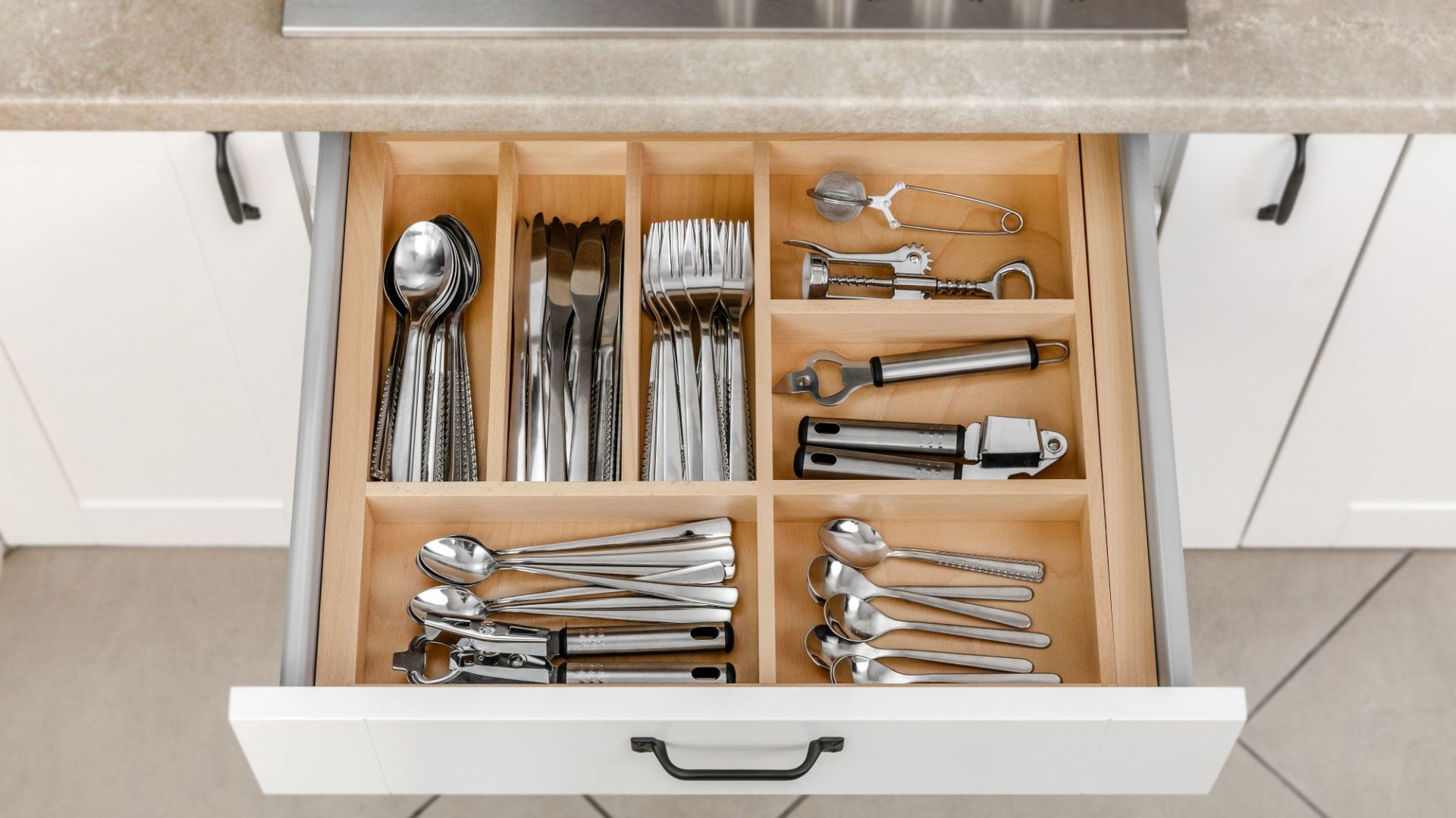 Porządek w kuchni - dobra organizacja szuflad. Fot. GTV