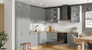 W tym sezonie w aranżacji kuchni stawiamy na klasykę wnowoczesnym wydaniu, która łączy tradycyjne wzornictwo z eleganckim minimalizmem.
