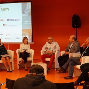 Dyskusja podsumowująca z udziałem przedstawicieli firm Forner, Frontpol, Peka, Pfleiderer i Rejs