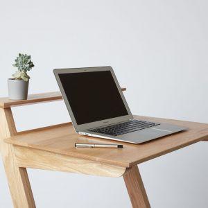 Użyteczny stół, projekt: Standing desk, autor: Matthew Dawson. Fot. Building Crafts College (BCC)