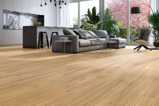 Podłoga drewniana. Piękna kolekcja dębowych paneli