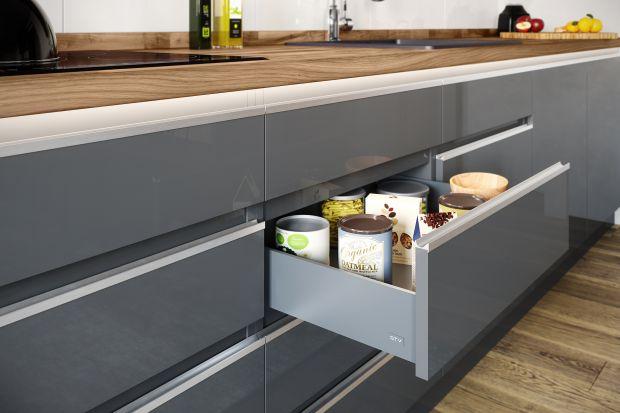 W kuchni liczy się nie tylko estetyka, ale również ergonomia. Już na etapie projektu należy zastanowić się nad tym, w jaki sposób nowoczesne rozwiązania mogą ułatwić wykonywanie codziennych czynności i jednocześnie zapewnić oczekiwany efekt