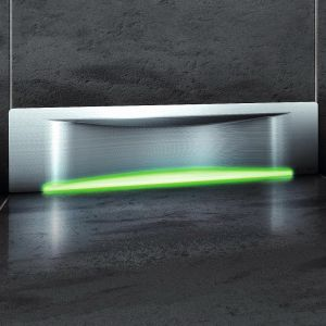Odpływ ścienny Scada dostępny z dowolnym kolorem podświetlenia LED, co daje jeszcze więcej możliwości indywidualnego kształtowania wnętrza łazienki. Trzy wersje pokryw: Wave, prostą oraz do przyklejania płytek. Fot. Kessel