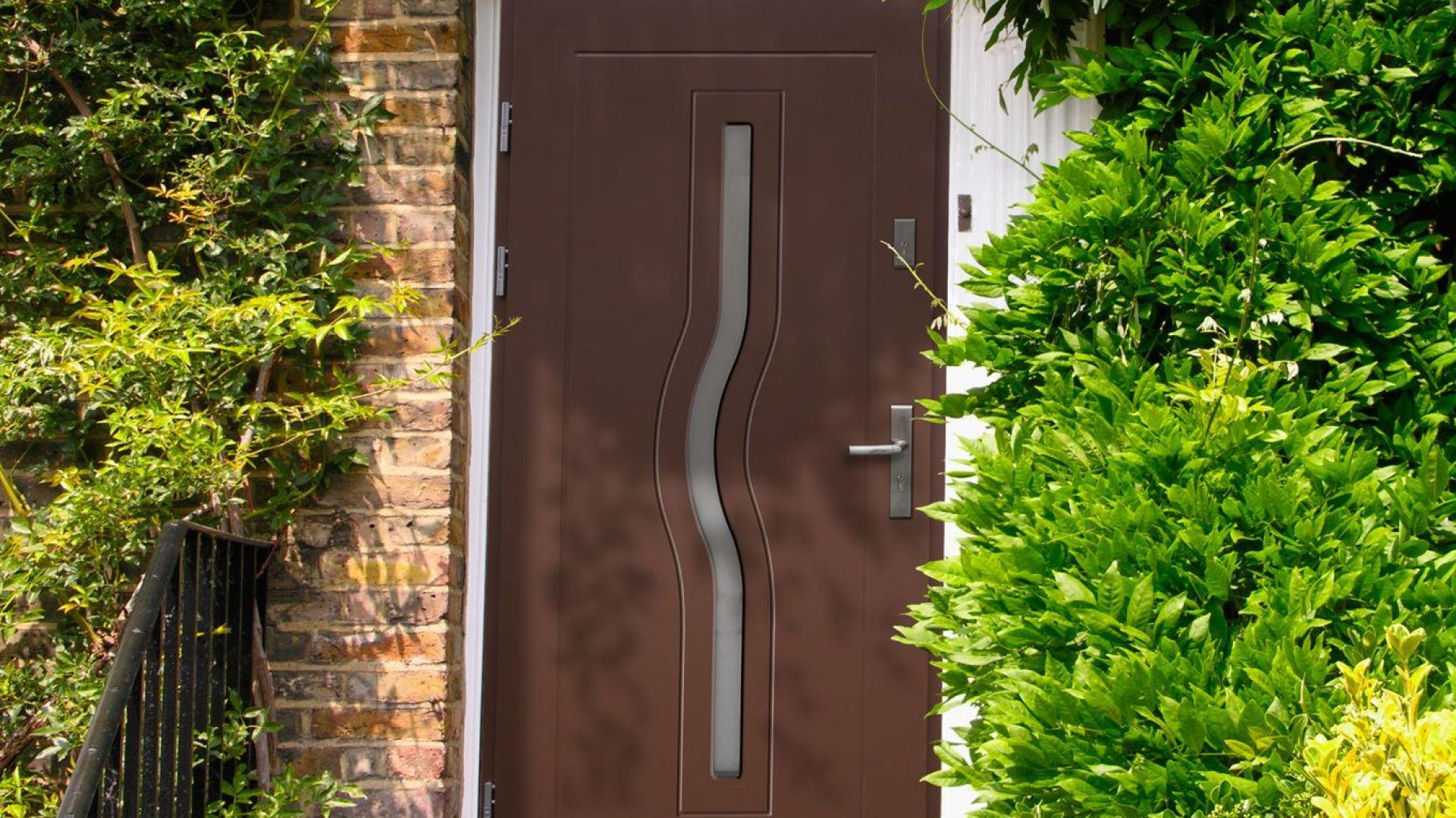 Drewniane drzwi wejściowe Termopanel  model Herkules. Fot. 4iQ
