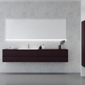 Meble do łazienki z kolekcji Guadix dostępne w ofercie firmy Defra. Fot. Defra