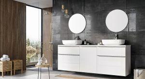 Przemyślane pod względem funkcji oraz estetyki meble łazienkowe pozwalają na optymalne wykorzystanie przestrzeni, zachowując jednocześnie relaksacyjny charakter pomieszczenia.