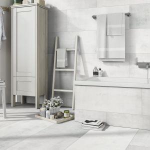 Płytki kompozytowe Ceramin Vario doskonale sprawdzają się w łazience. Fot. Classen