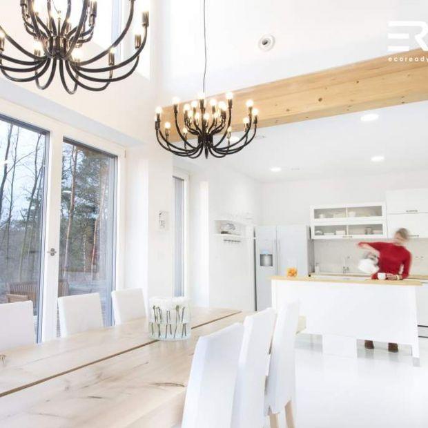Niskoenergetyczny dom drewniany: komfort i oszczędność w praktyce
